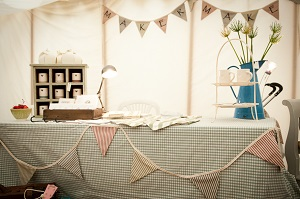 How to decorate your marquee bunting
